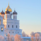 Пешеходная экскурсия по Кремлю и центру города от туроператора «Атмосфера путешествий» в Пскове