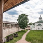 Индивидуальная экскурсия Псков – Изборск – Печоры от туроператора «Атмосфера путешествий» в Пскове
