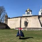 Театрализованная экскурсия с посадницей Марьей по Кремлю и центру города от туроператора «Атмосфера путешествий» в Пскове